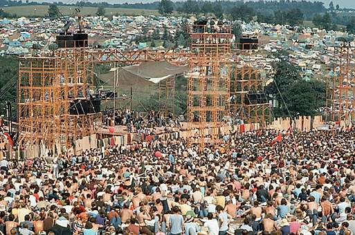 http://boomer4664.files.wordpress.com/2009/02/woodstock.jpg